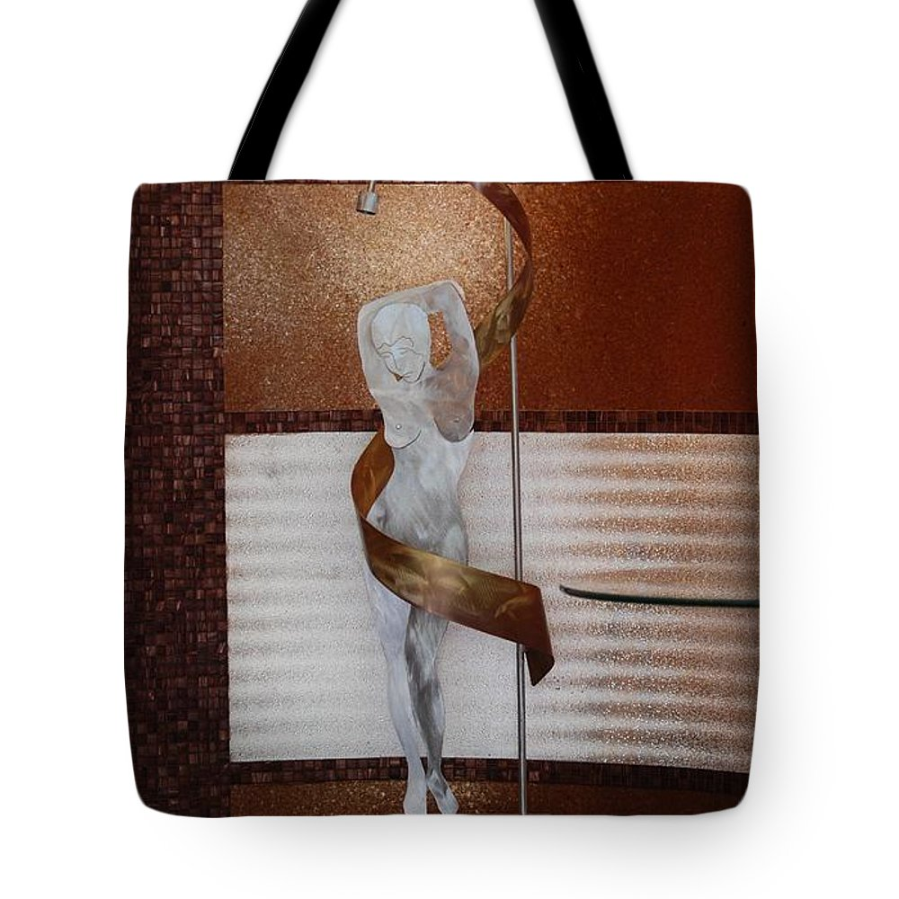 Statue Tote Bag featuring the photograph Erotic Museum Piece by Rob Hans