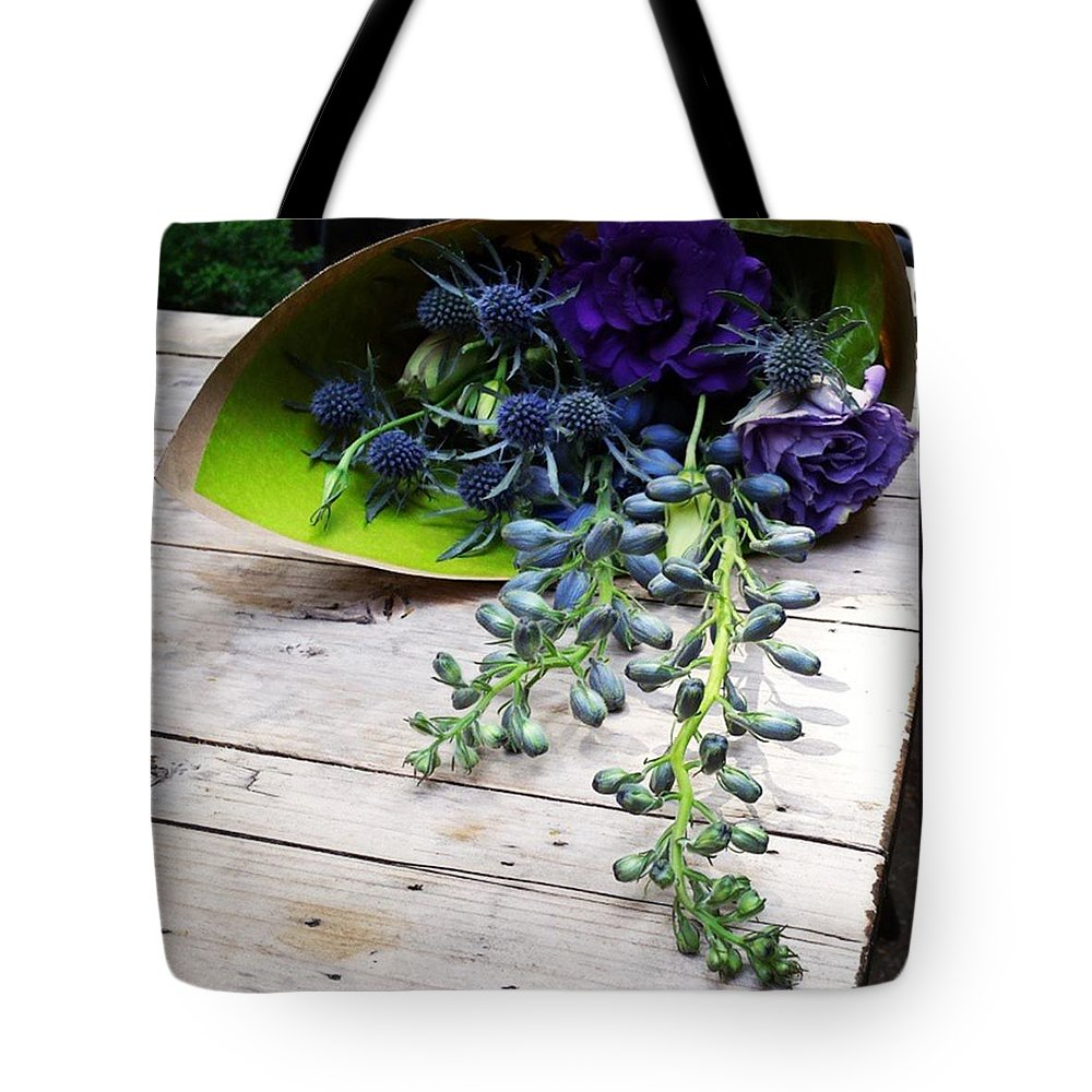 Gifttomyself Tote Bag featuring the photograph Excellent Customer Service. #flowers by Mr Photojimsf