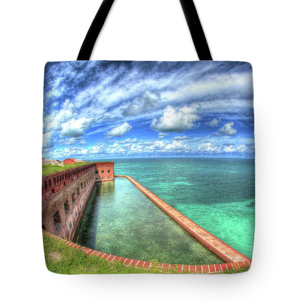 Florida Tote Bag featuring the photograph Eye Of The Fort by Perry Hodies III