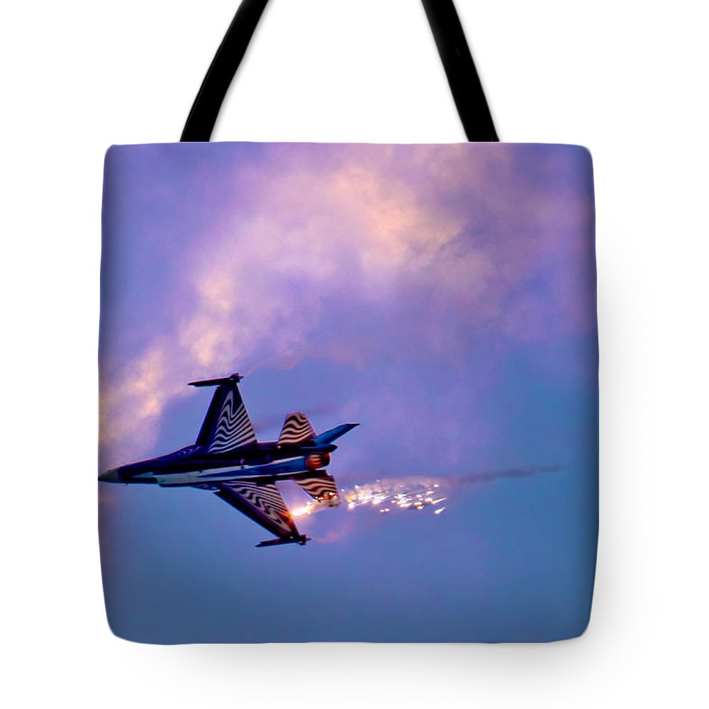 Aircraft Tote Bag featuring the photograph F-16 by Chris Lord