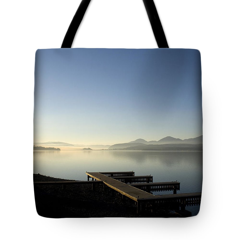 Landscape Tote Bag featuring the photograph Fall Evening by Lee Santa
