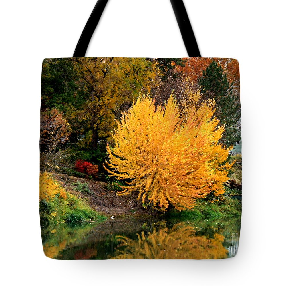 Prosser Tote Bag featuring the photograph Fall Fireworks by Carol Groenen