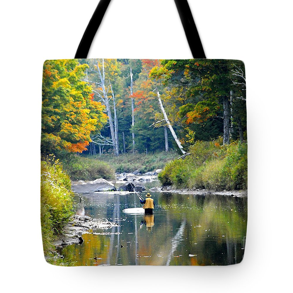 Fall Tote Bag featuring the photograph Fall Fishing by David Lee Thompson