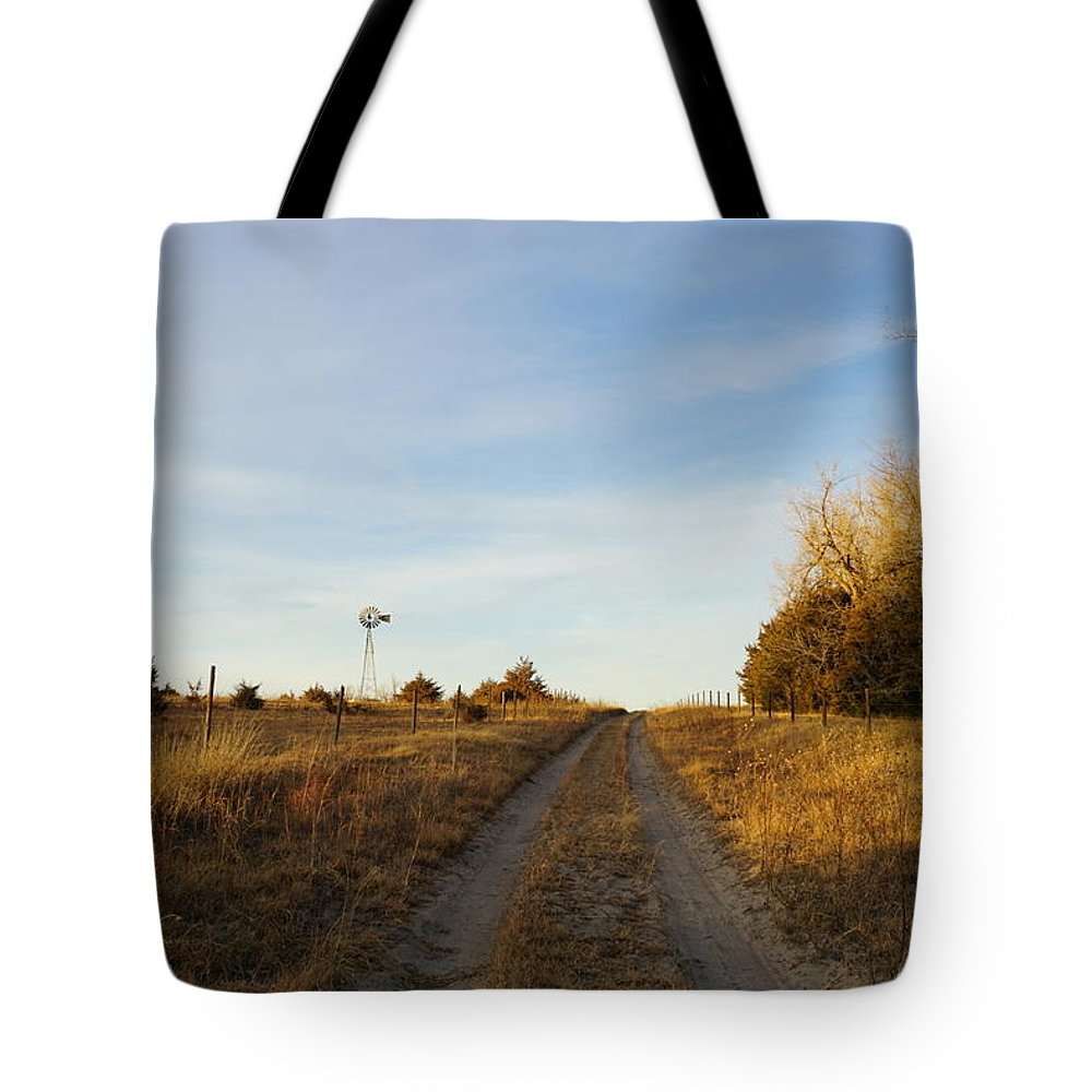Tote Bag featuring the photograph Fall Time On Old Trail by Kyle Mock