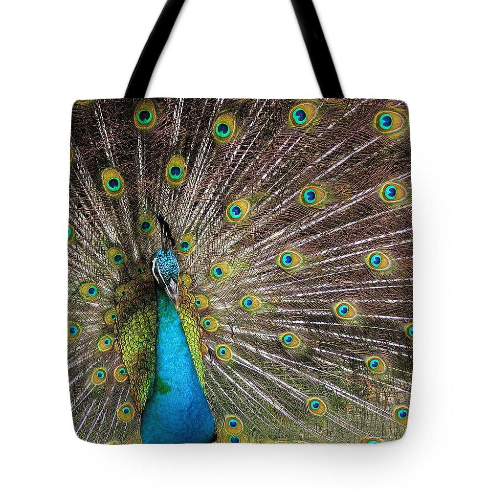 Avian Tote Bag featuring the photograph Fanfare by Alana Thrower