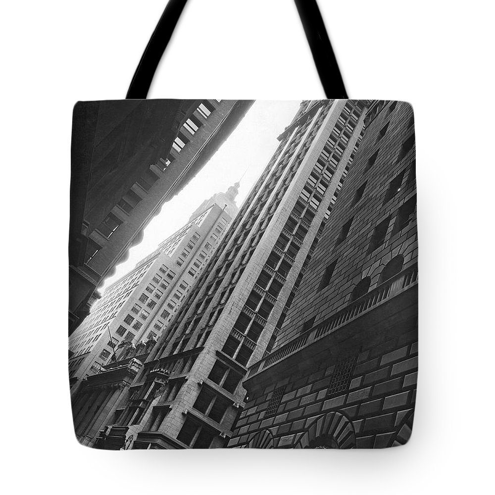 1920s Tote Bag featuring the photograph Federal Reserve Bank Facade by Underwood & Underwood