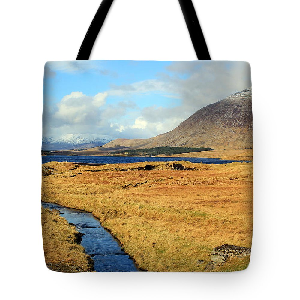Creeks Tote Bag featuring the photograph Feeding The Lake by Jennifer Robin