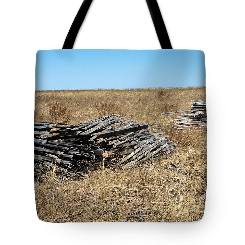 Tote Bag featuring the photograph Fence Bails by Bruce Gannon