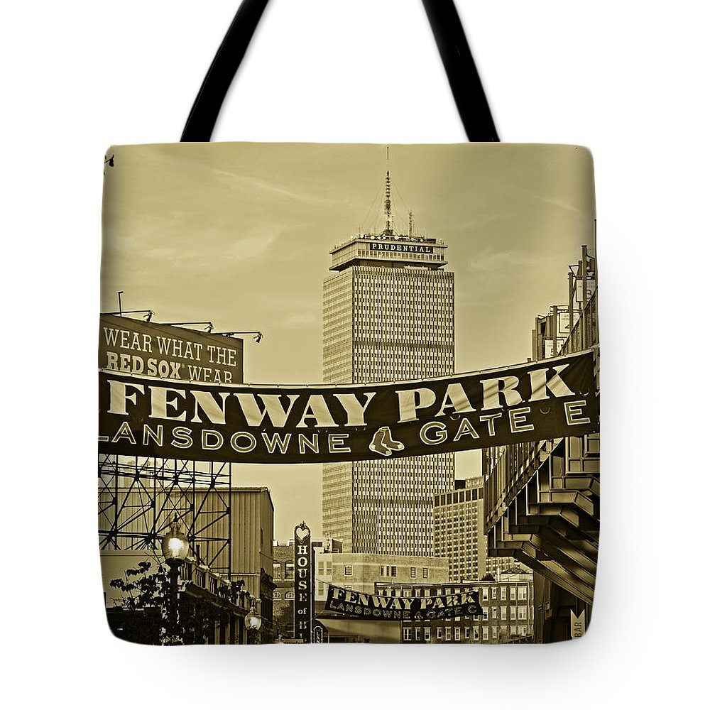 Boston Red Sox Tote Bags (Page #5 of 14) | Fine Art America