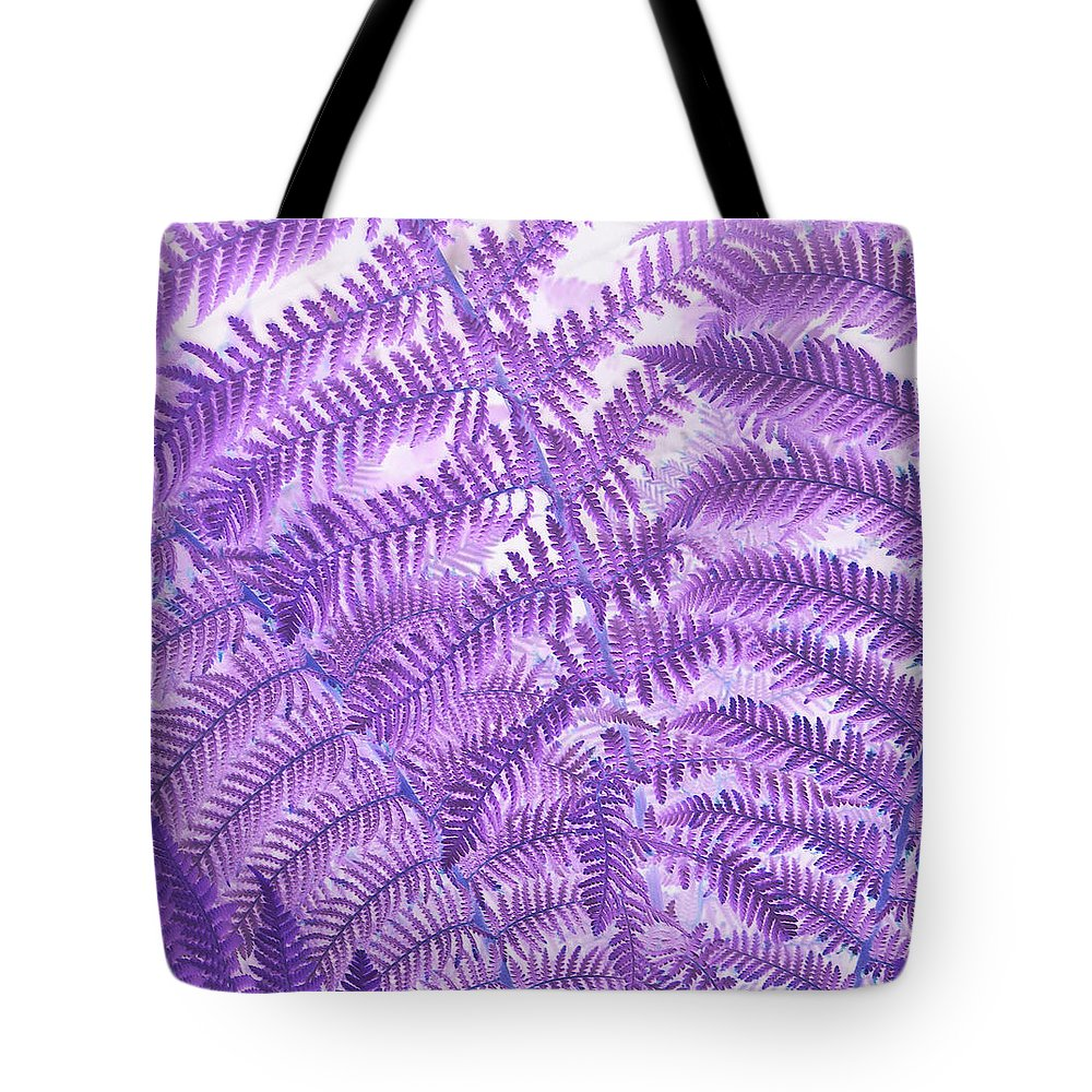 Fern Tote Bag featuring the photograph Fern Passion by Suzanne Gaff