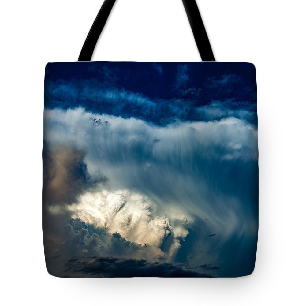 Supercell Tote Bag featuring the photograph Fibrous Anvil by Bobby Eddins
