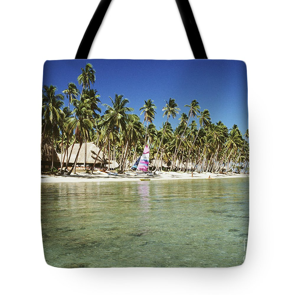 Beachfront Tote Bag featuring the photograph Fiji Resort by Doug Cameron - Printscapes