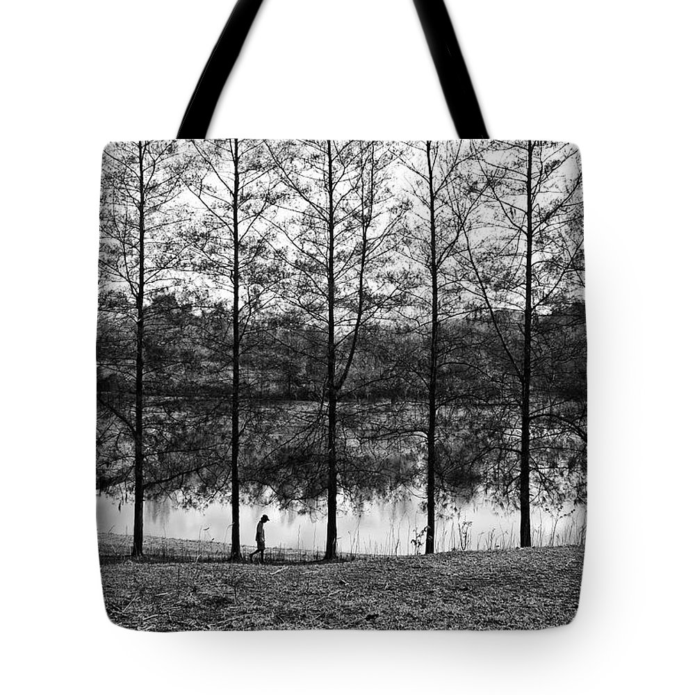 Landscape Tote Bag featuring the photograph Fine Trees by George Cabig