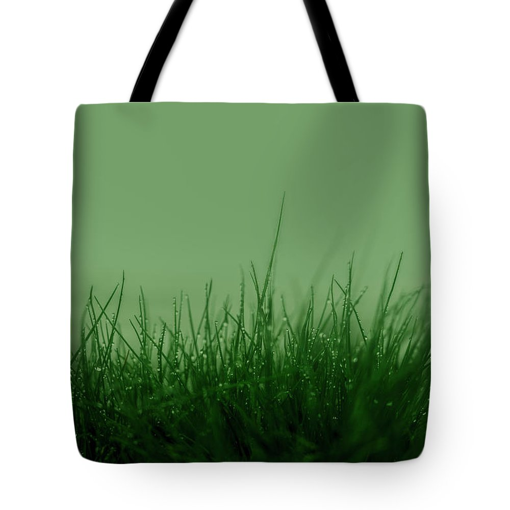 Green Grass Tote Bag featuring the photograph Fineart-nature-5 by Preben Stentoft
