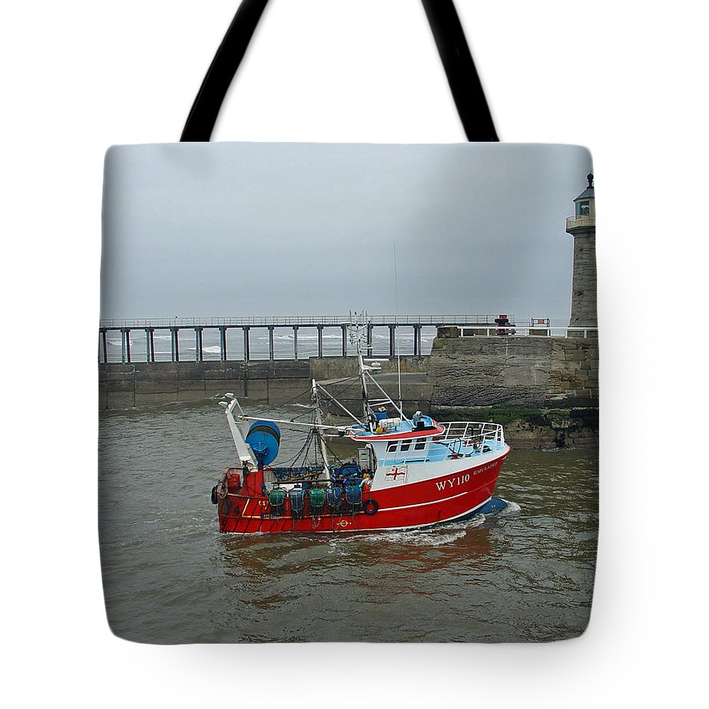 Motion Tote Bag featuring the photograph Fishing Boat Wy110 Emulater - Entering Whitby Harbour by Rod Johnson