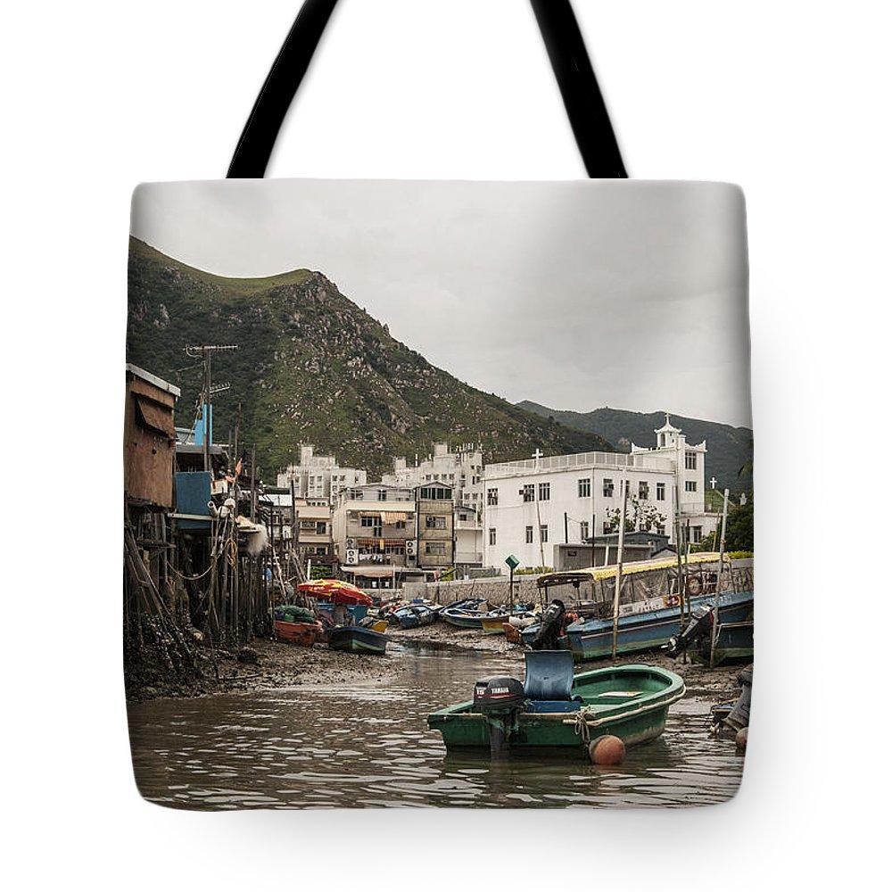 Hongkong Tote Bag featuring the photograph Fishing Life by Israel Hernandez