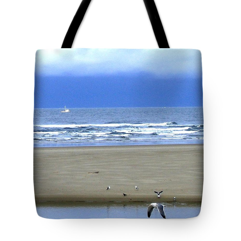 Seagull Tote Bag featuring the photograph Flaps Down by Will Borden