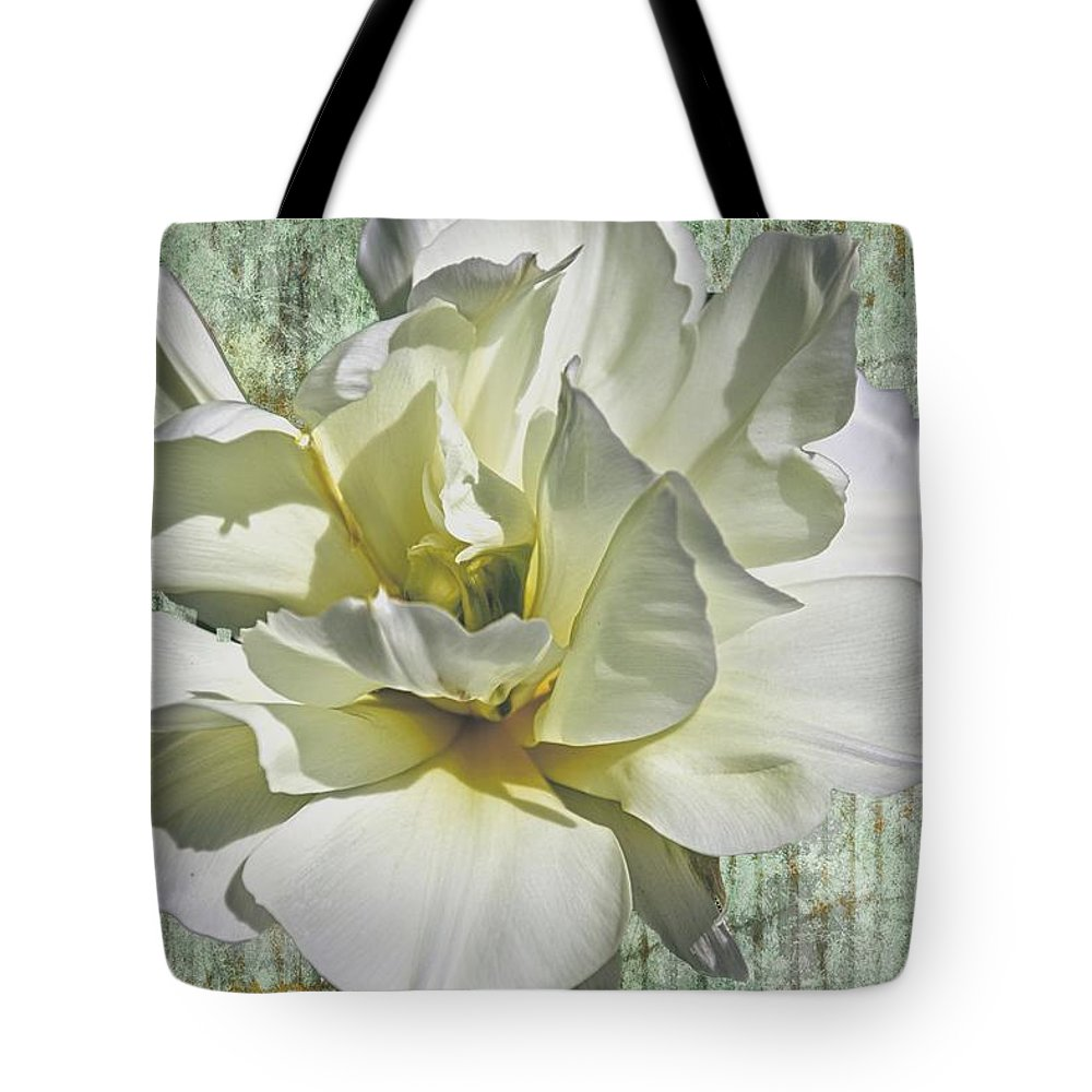 Flower Tote Bag featuring the photograph Flirty Beauty by Alice Gipson