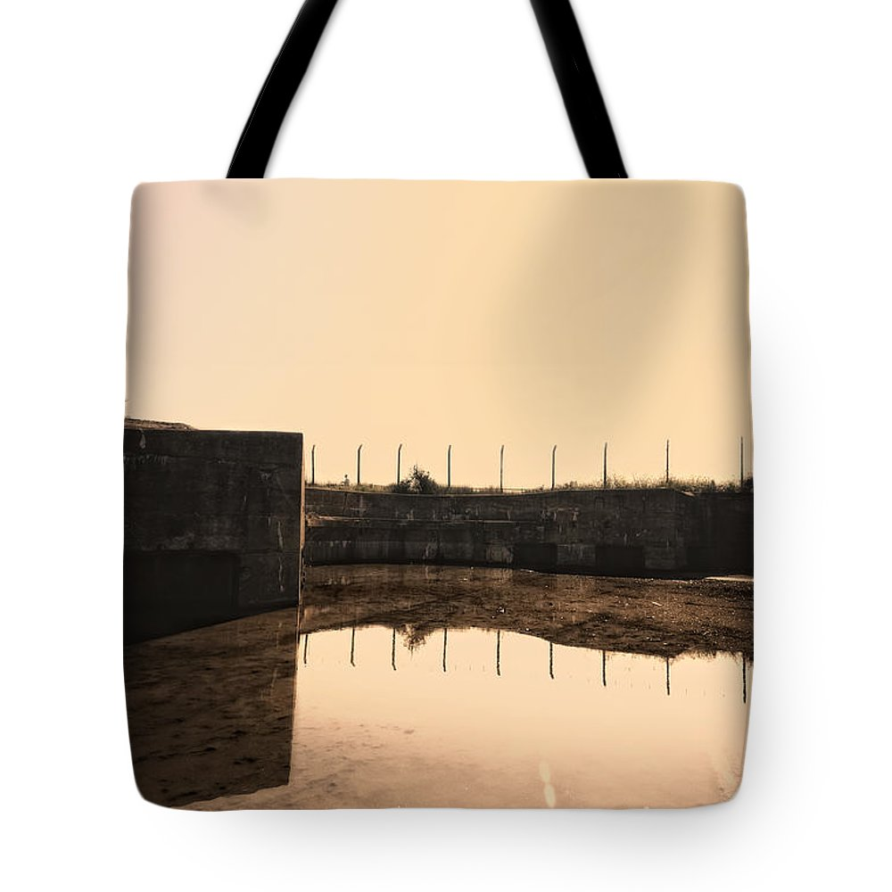 Shoebury Tote Bag featuring the digital art Flooded Defences by Nigel Bangert