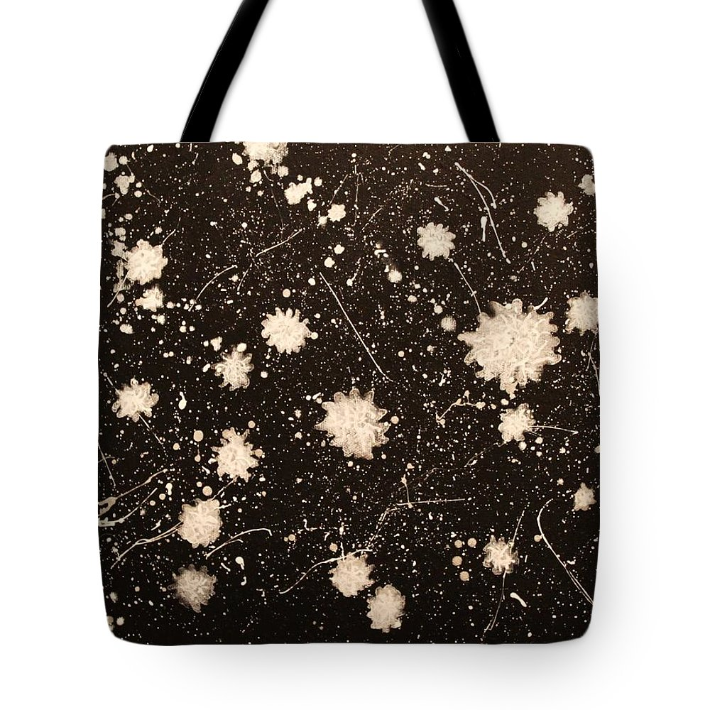 Abtract Tote Bag featuring the painting Flurries by Todd Hoover