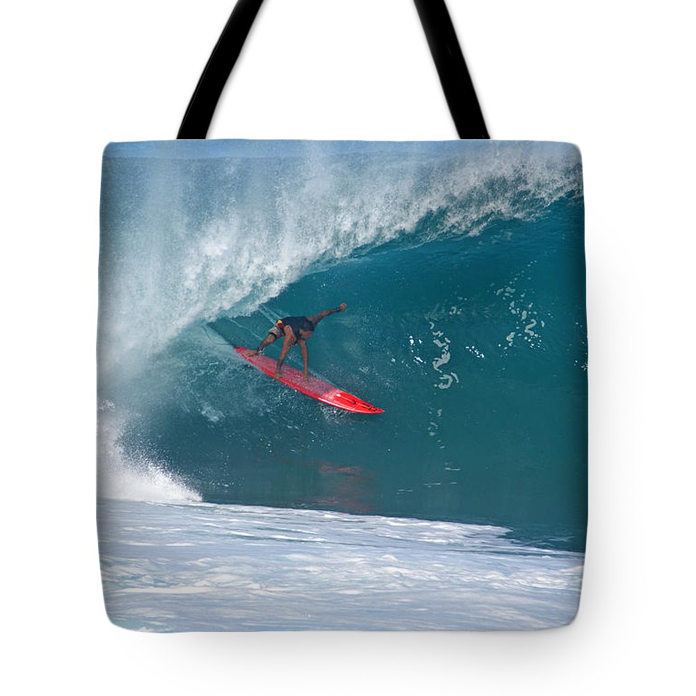 Da Hui Backdoor Shootout Tote Bag featuring the photograph Flyin Hawaiian by Kevin Smith