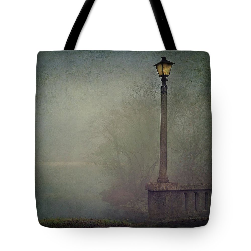 Fog Tote Bag featuring the photograph Foggy Lampost by William Schmid