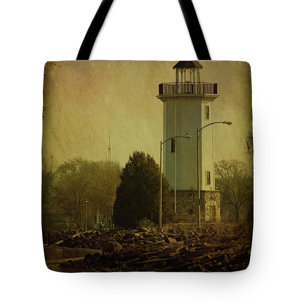 Beacon Tote Bag featuring the photograph Fond Du Lac Lighthouse by Joel Witmeyer