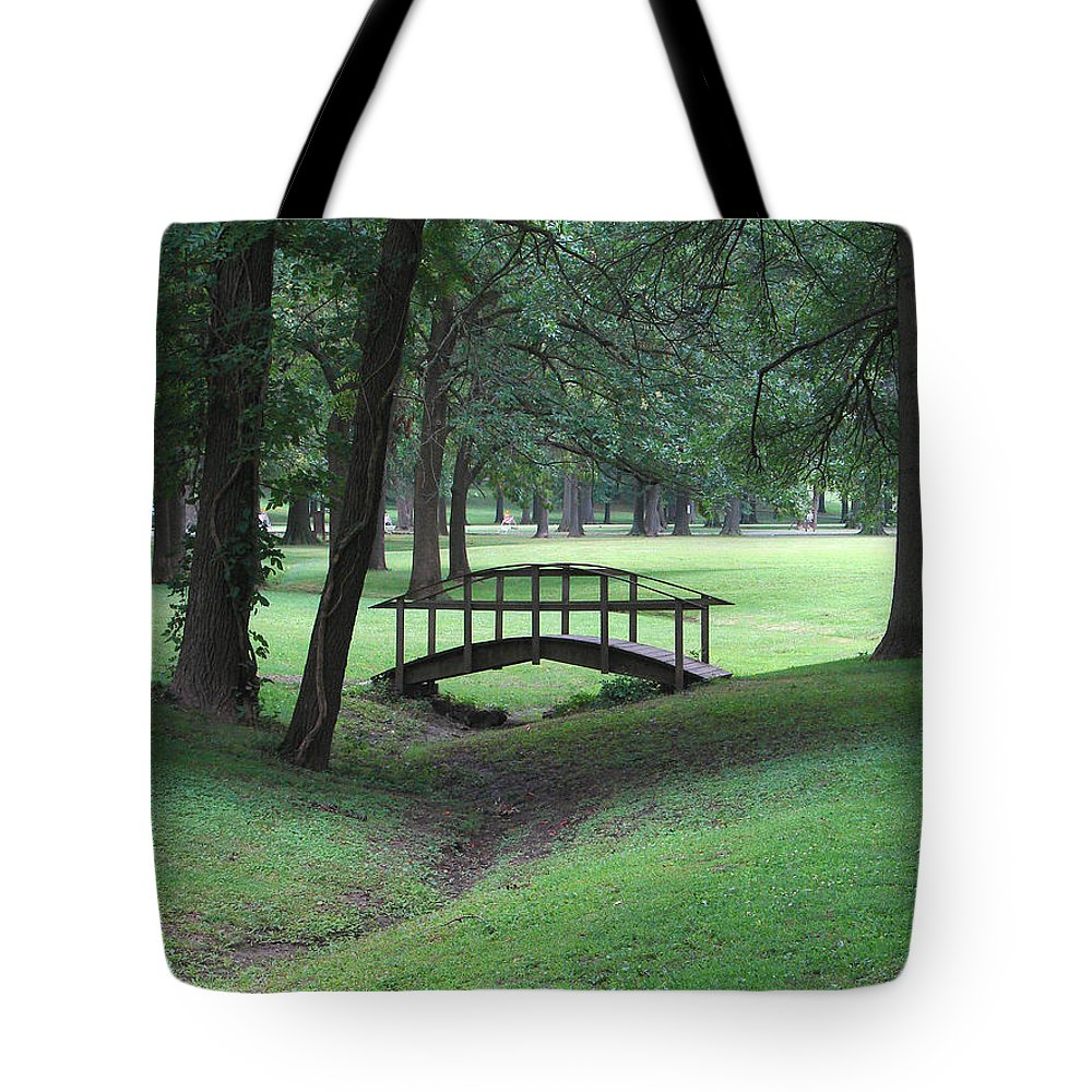 Bridge Tote Bag featuring the photograph Foot Bridge In The Park by J R Seymour