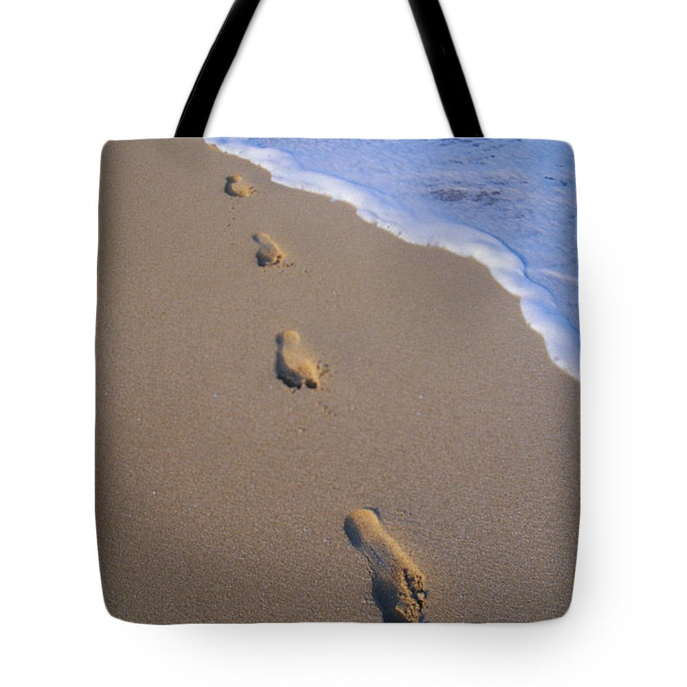 Afternoon Tote Bag featuring the photograph Footprints by Don King - Printscapes