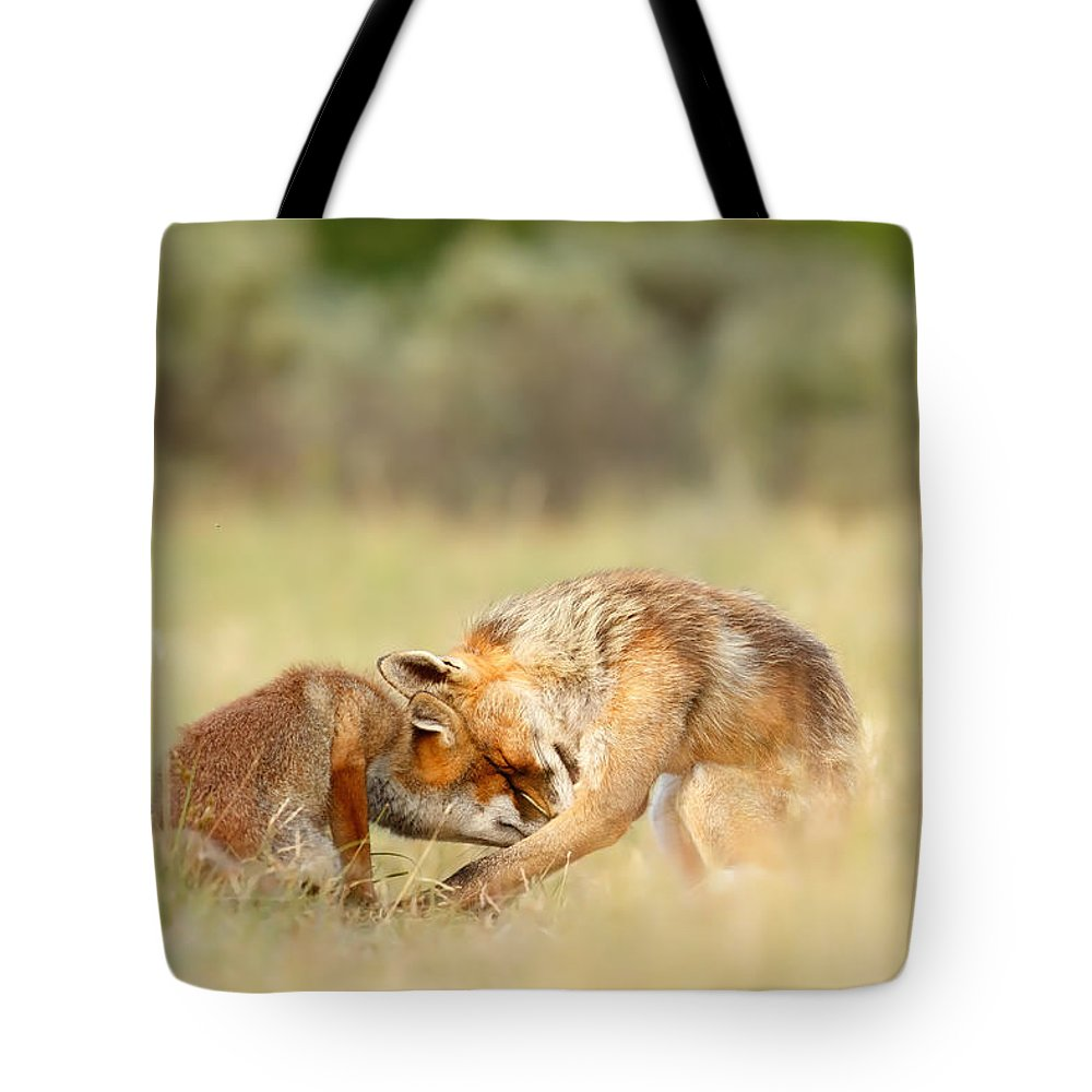 Fos Tote Bag featuring the photograph Foreverandeverandever - Red Fox Love by Roeselien Raimond