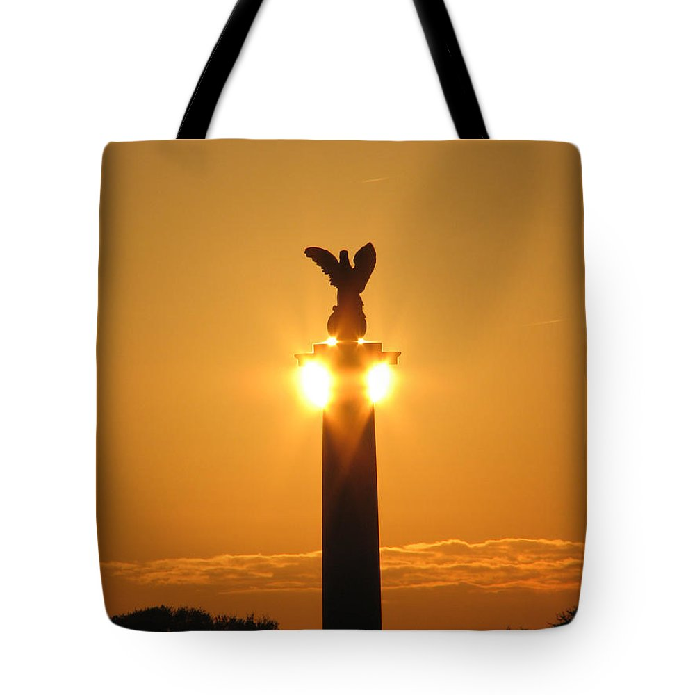Sunset Tote Bag featuring the photograph Fort Fisher North Carolina by Stacey May