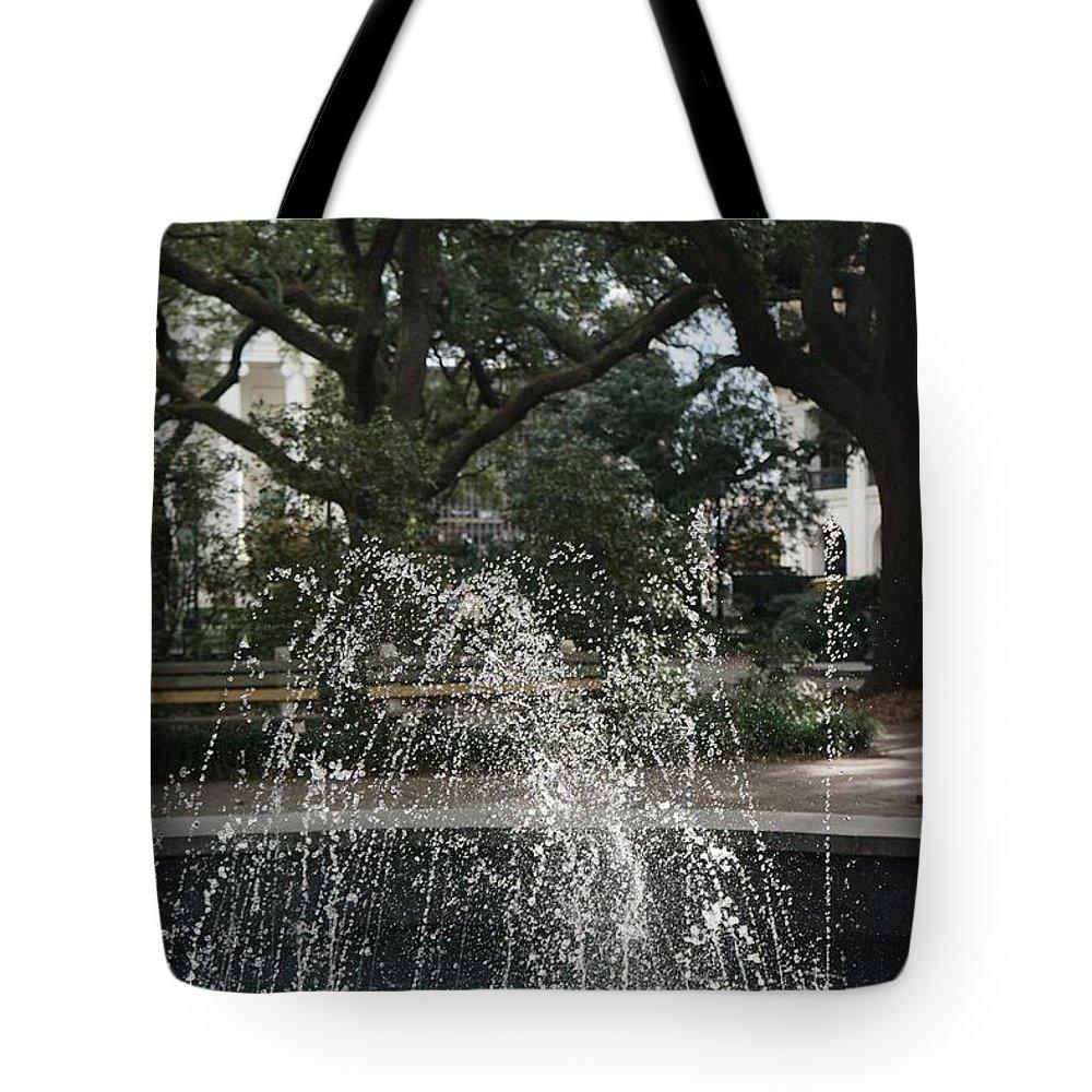 Fountain Tote Bag featuring the photograph Fountain And Trees In Savannah, Georgia by Shirley Stevenson Wallis