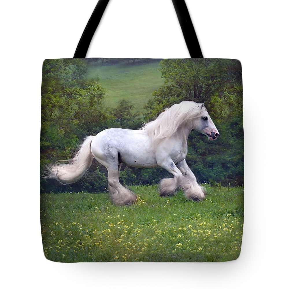 Horse Tote Bag featuring the photograph Free Billy by Fran J Scott