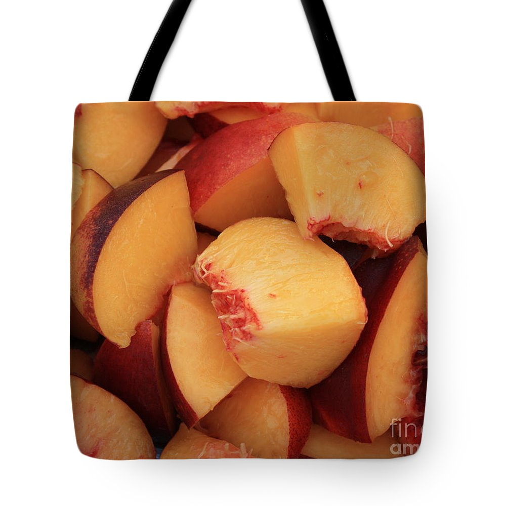Peaches Tote Bag featuring the photograph Fresh Peaches by Carol Groenen