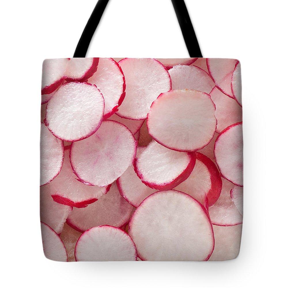 Radish Tote Bag featuring the photograph Fresh Radishes by Steve Gadomski