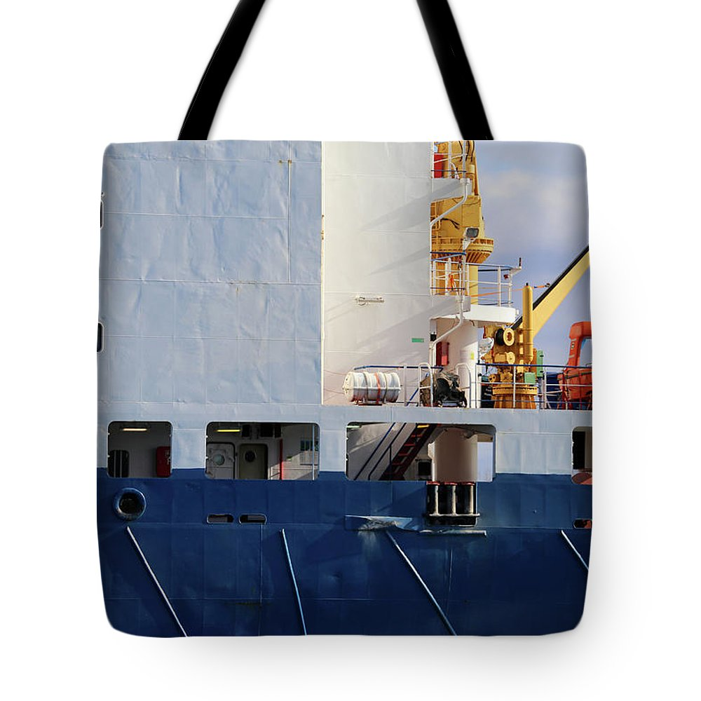 Frieda Tote Bag featuring the photograph Frieda Closeup by Mary Bedy
