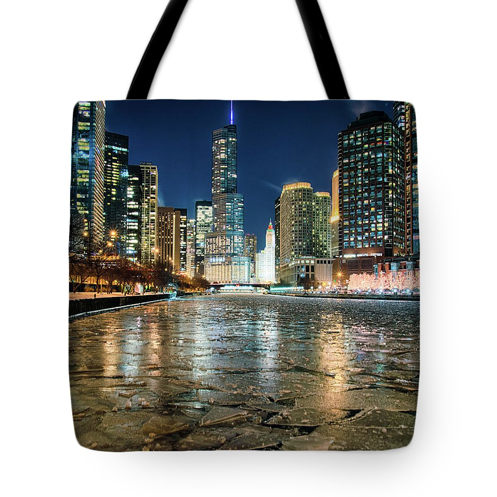 Chicago Tote Bag featuring the photograph Frozen I by Raf Winterpacht