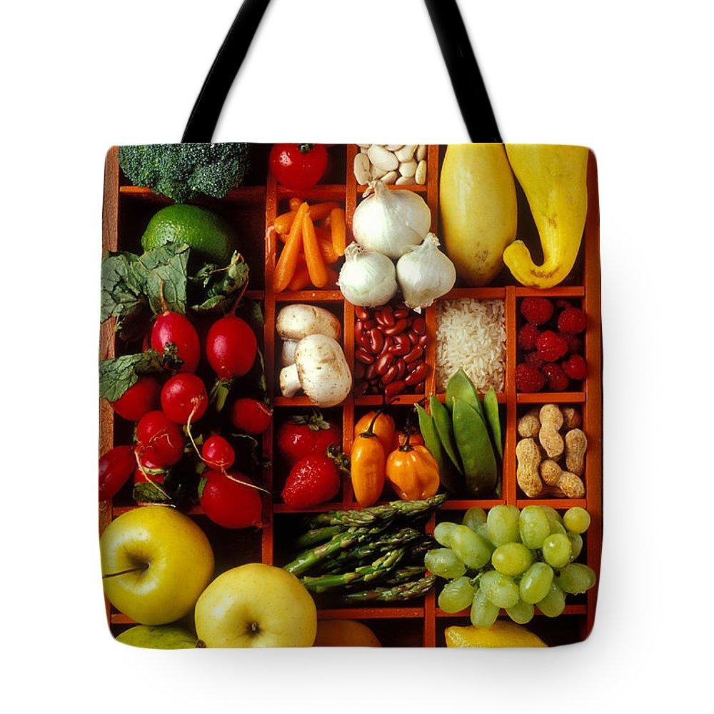 Broccoli Tote Bags