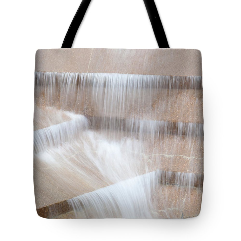 Travel Destinations Tote Bag featuring the photograph Ft Worth Water Gardens by Anthony Totah