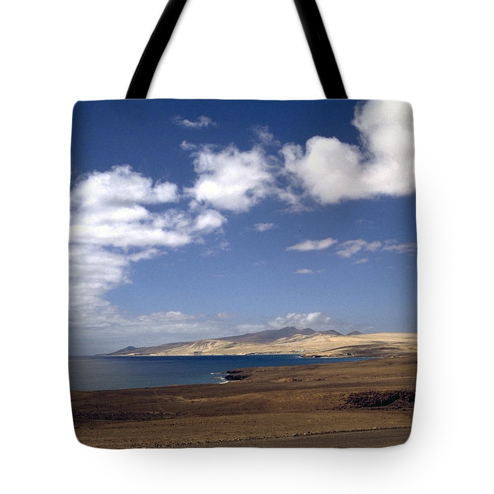 Fuerteventura Tote Bag featuring the photograph Fuerteventura II by Flavia Westerwelle