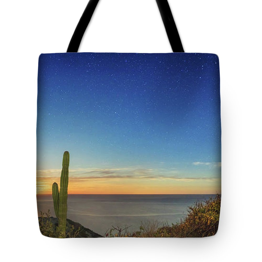 Shooting Star Tote Bag featuring the photograph Full Moon With Shooting Star by Josafat De la Toba