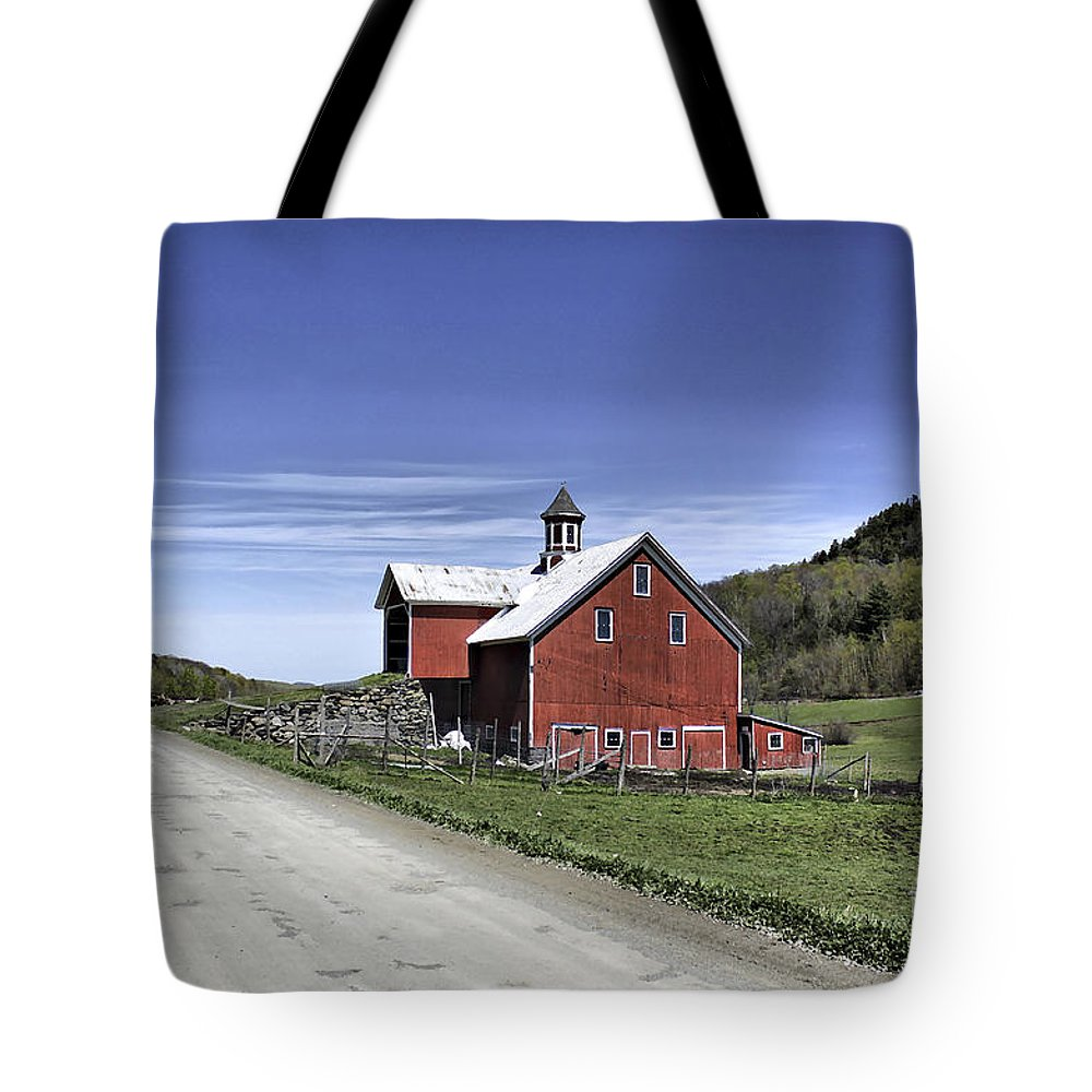 Rural Tote Bag featuring the photograph Gallop Road Barn by Deborah Benoit