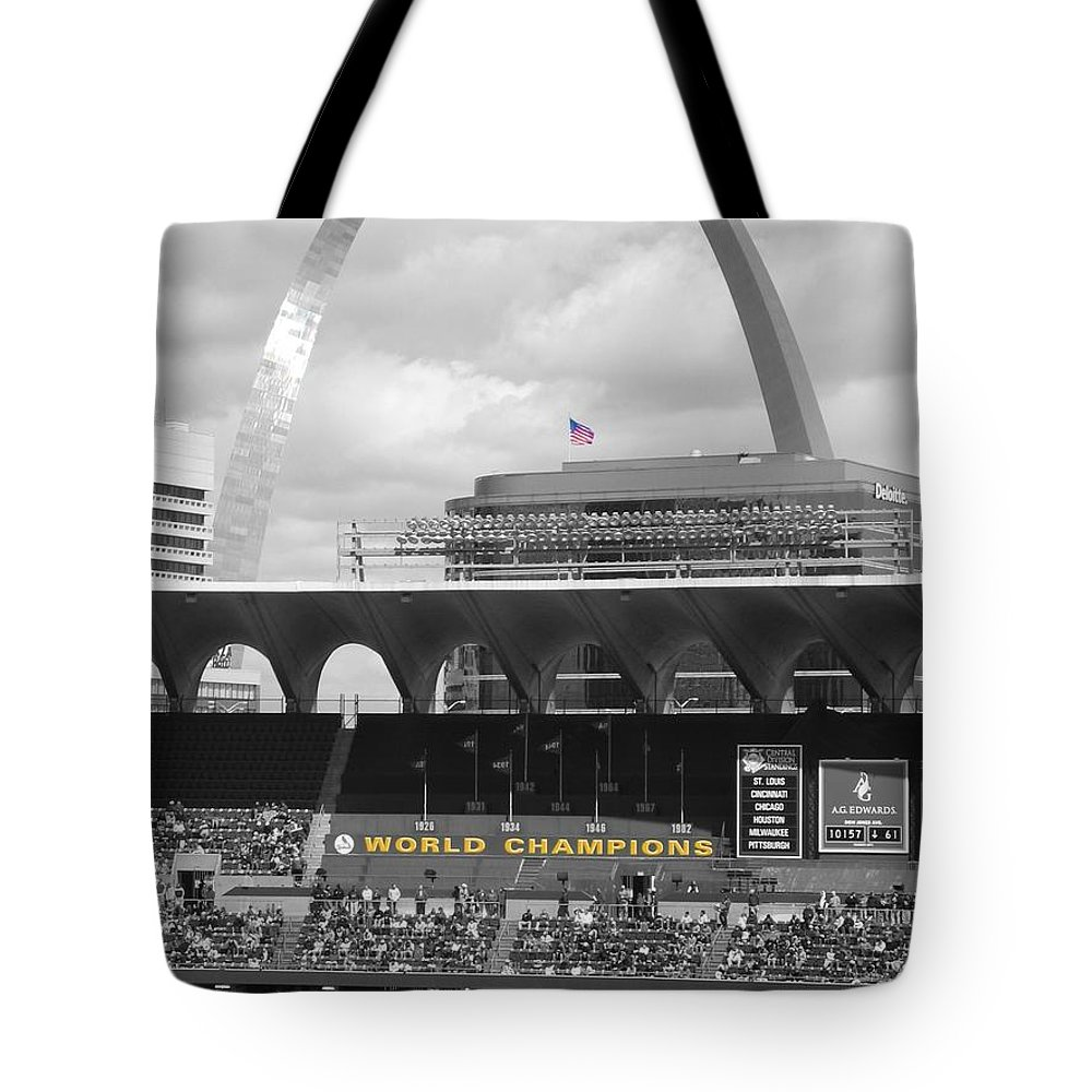 Desaturated Color Tote Bag featuring the photograph Gateway by Dylan Punke