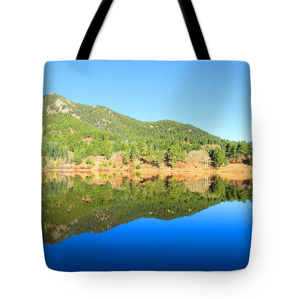 Colorado Tote Bag featuring the photograph Gator Head Reflection by Connor Ehlers