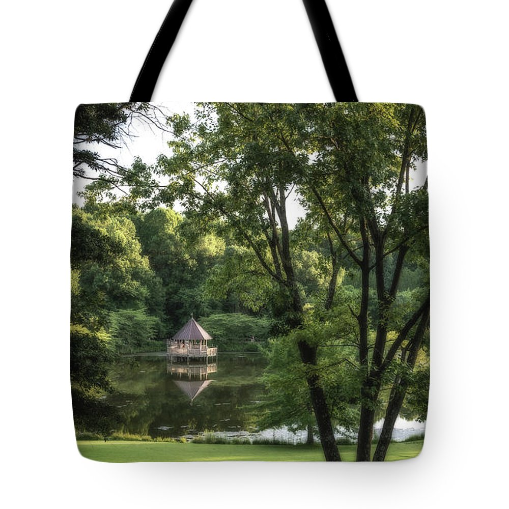 30 Year Anniversary Tote Bag featuring the photograph Gazebo On Lake Caroline Through The Trees by Tom Stovall Sr