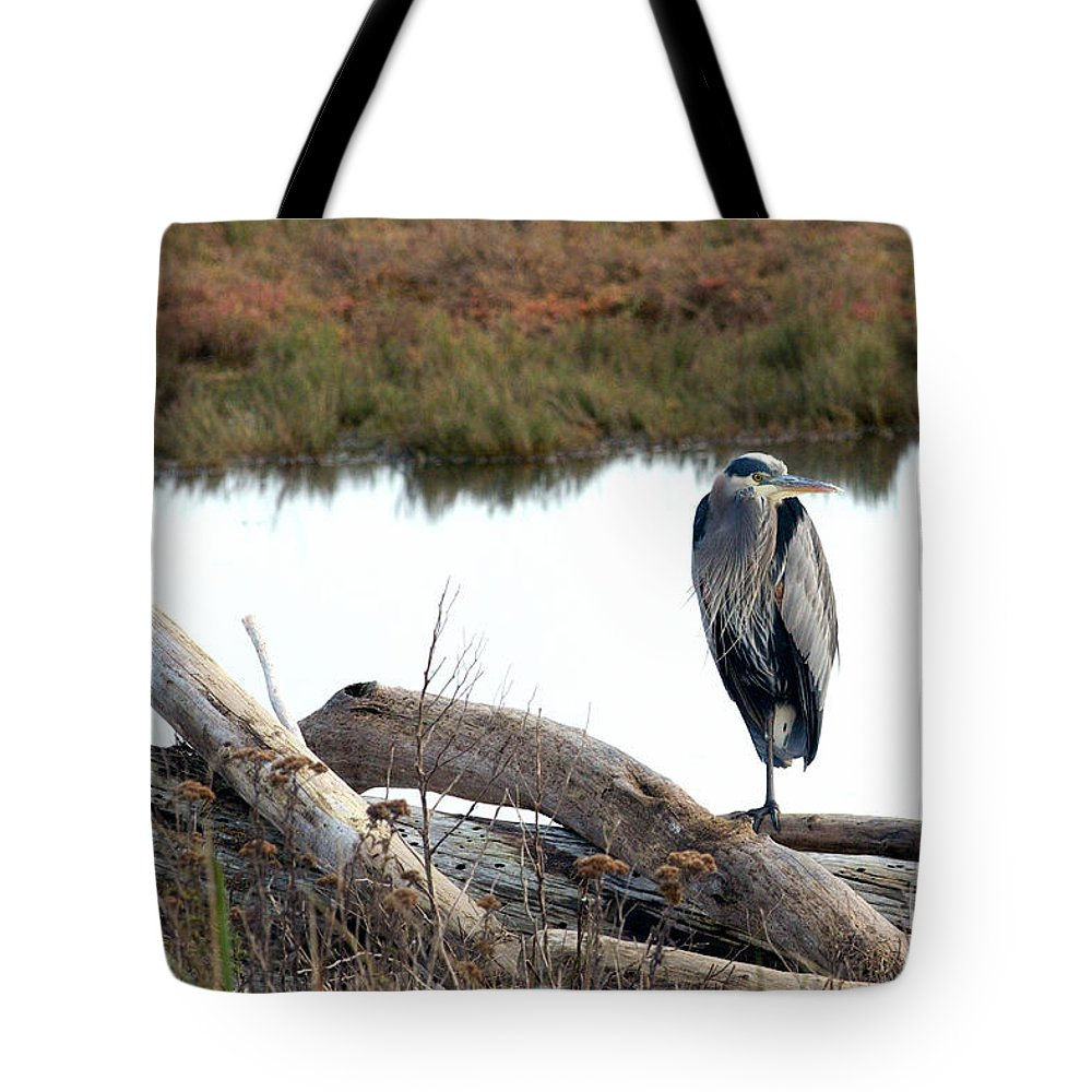 Great Blue Heron Tote Bag featuring the photograph Gbh On Log by Sharon Talson