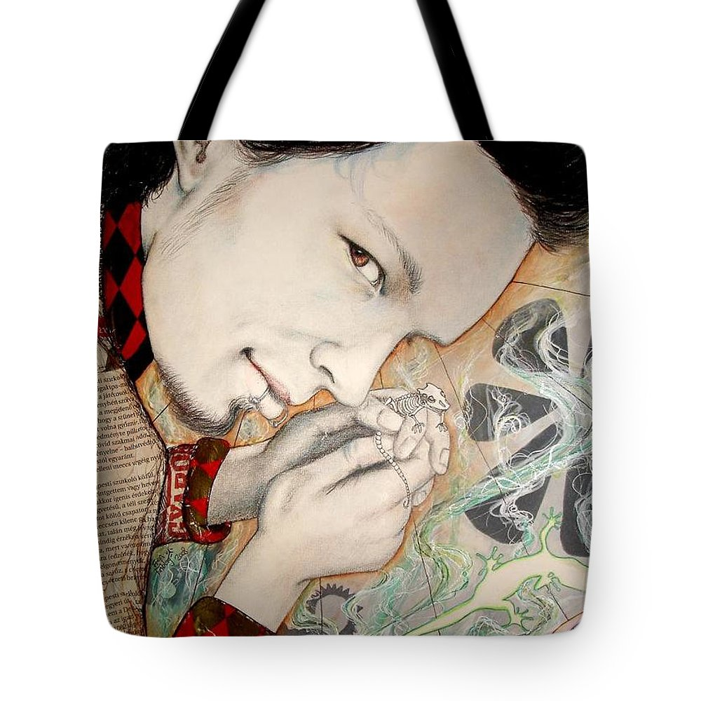 Gecko Tote Bag featuring the drawing Gecko by Freja Friborg