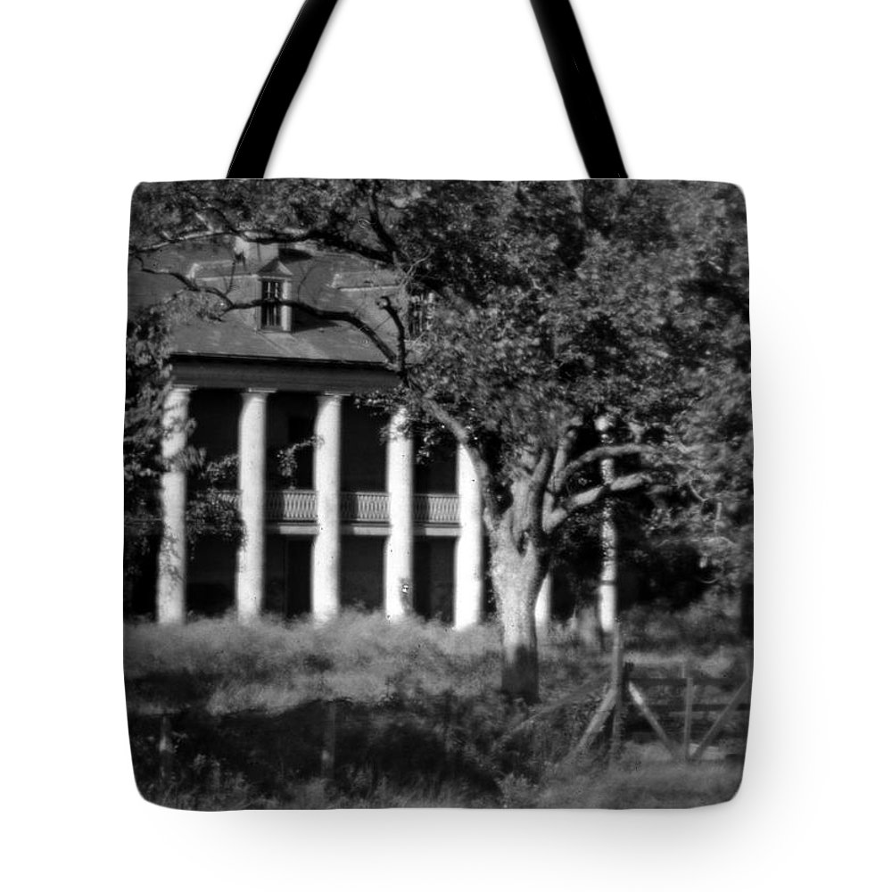 Plantation Tote Bag featuring the photograph General Beauregard's Plantation by Crescent City Collective