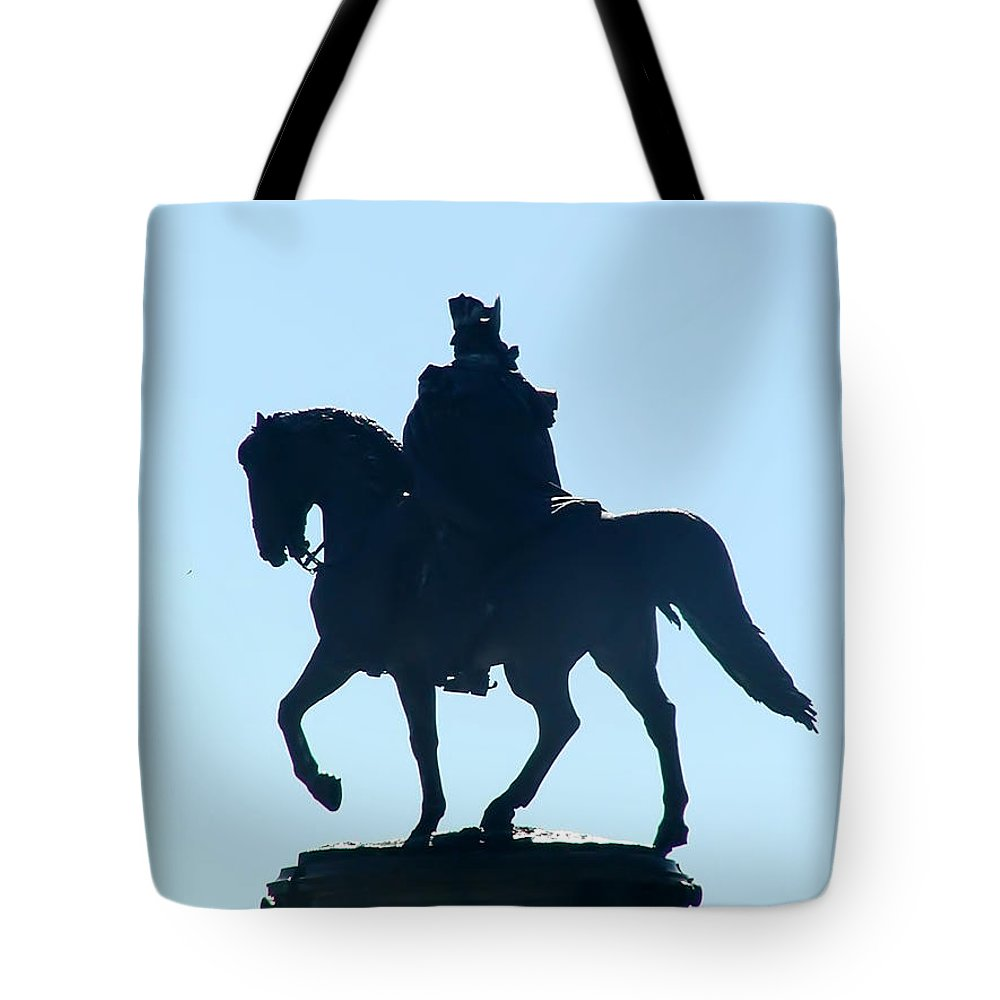 George Washington Tote Bag featuring the photograph George Washington Monument Philadelphia by Bill Cannon