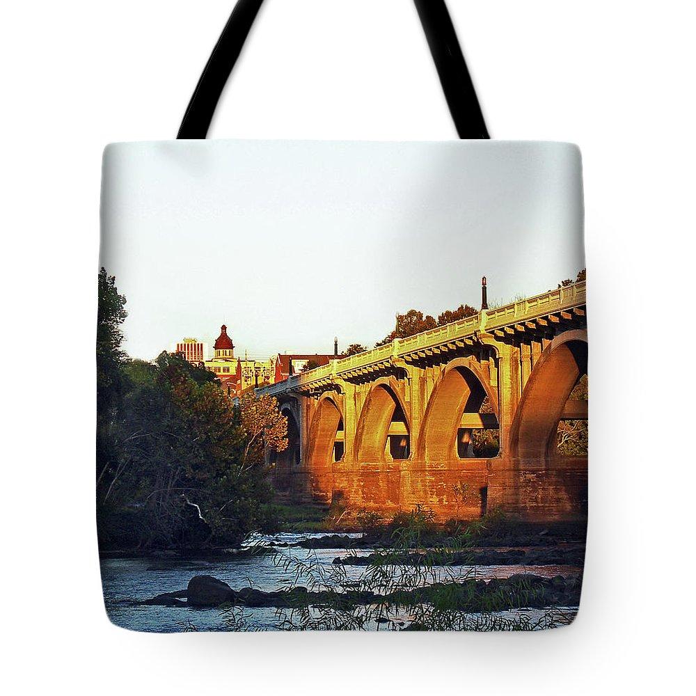 Bridge Tote Bag featuring the photograph Gervais Street Bridge Upstream by Skip Willits